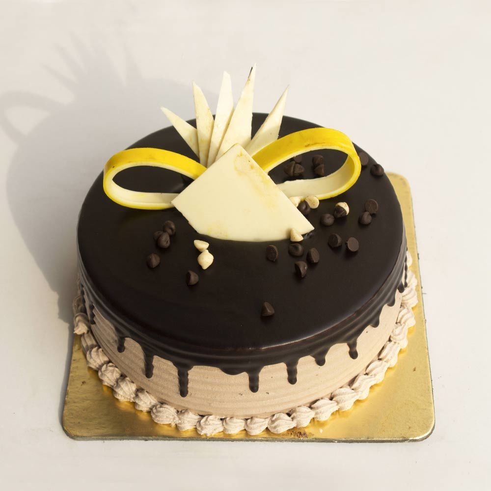 Choco Chips Cake in Pune Designs, Images, Price