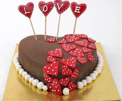 Chocolate Heart Cake (Fresh Cream)