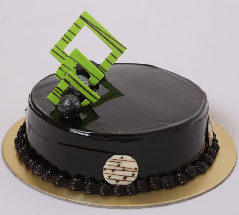 Chocolate Temptation Cake in Pune Designs, Images, Price