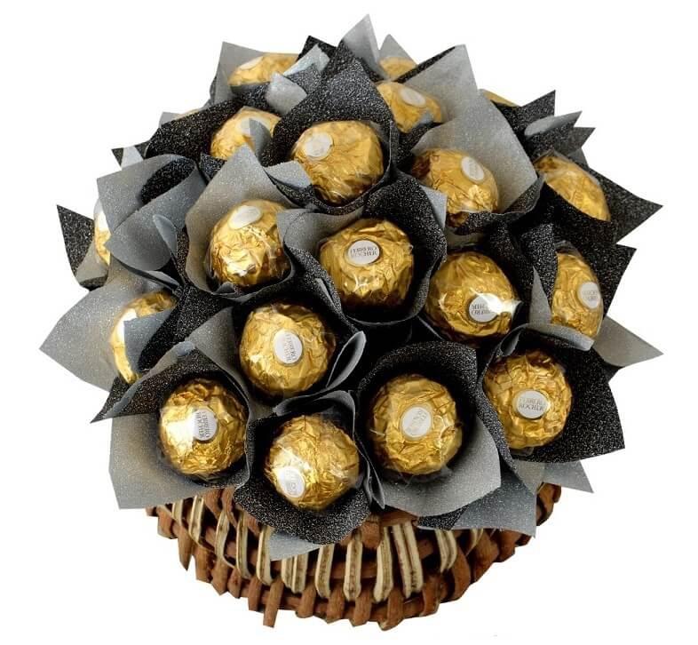 Delicacy of 20 Ferrero Rocher Basket in Pune Designs, Images, Price