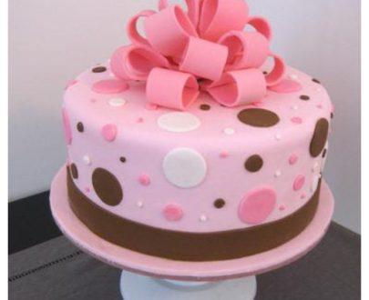 Fondant Pearl Designer Cake
