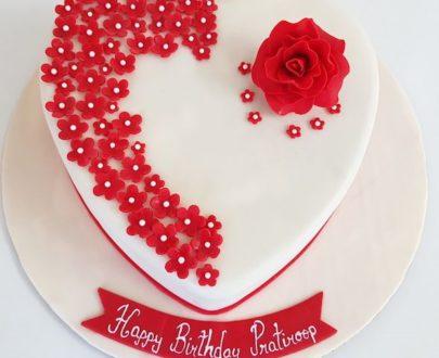 Heart Shape Floral Cake