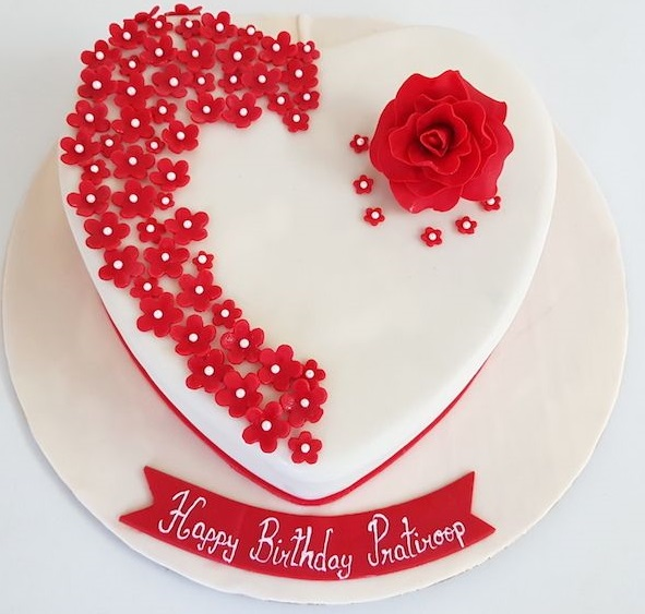 Heart Shape Floral Cake in Pune Designs, Images, Price