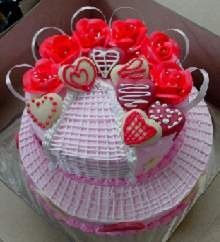 Strawberry Cake in Pune Designs, Images, Price